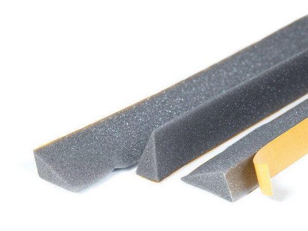 Уплотнительная поролоновая лента на конек