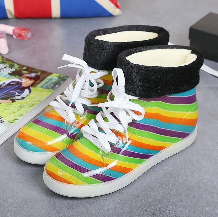 Стильные  резиновые ботинки Радуга осень-зима