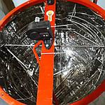 Медогонка электрическая 4-х рам., червячный электропривод. Бак, кассеты, детали ротора сварные нержавеющие., фото 5