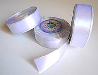 Лента атлассная 25 мм Белая с Серебрянной нитью