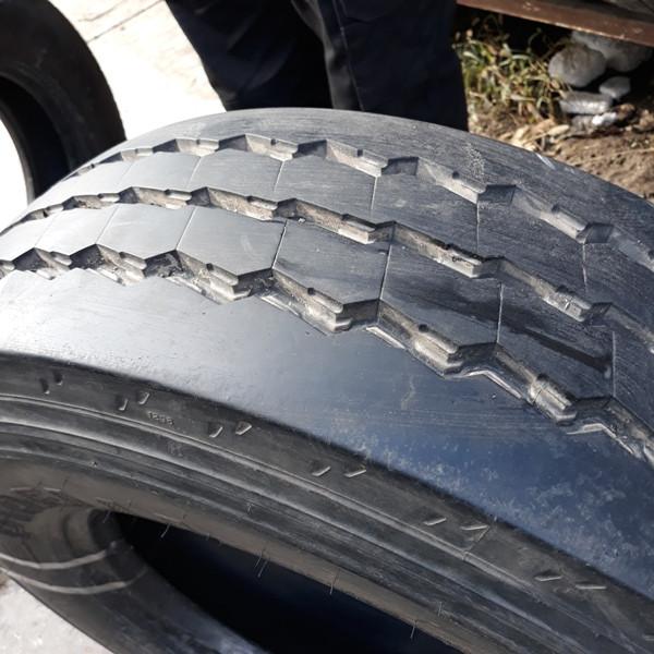 Грузовые шины б.у. / резина бу 235.75.r17.5 Pirelli ST55 Пирелли