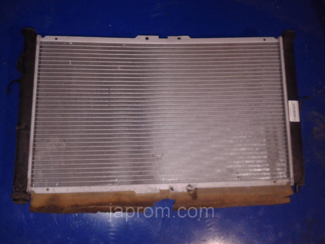 Радиатор охлаждение двигателя Mazda Xedos 9 1994-2002г.в. 2.5 бензин