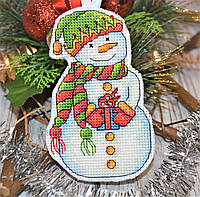 """Набор для вышивки ёлочной игрушки """"Снеговик с подарком"""""""