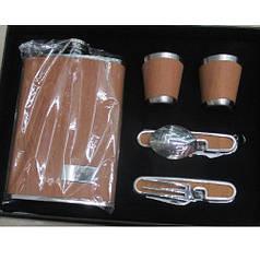 Подарочный сувенирный набор (фляга, 2 рюмки, вилка, ложка) HLV R86715 513 мл