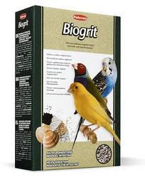 Минеральная подкормка для декоративных птиц Padovan Biogrit 700 г (047808)
