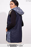 Жилетка прямого кроя с капюшоном на густой овчине, большими карманами и декором из репсовой ленты X11768, фото 3