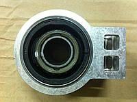 Задний сайлентблок переднего рычага Chevrolet Orlando GM 13334021, 13230774