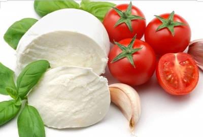 Сыр Моцарелла 45%жирности 1 кг