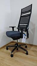 Немецкое кресло LORDO с высокой спинкой и аллюминиевой крестовиной