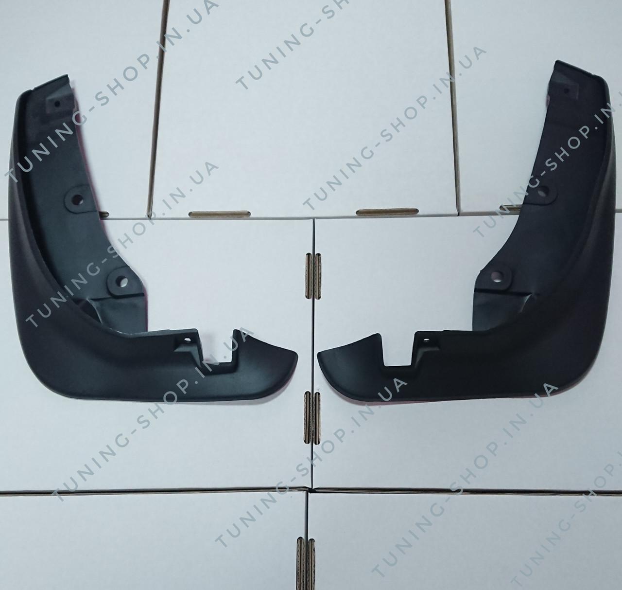Передние брызговики Mazda 6 2002-2007
