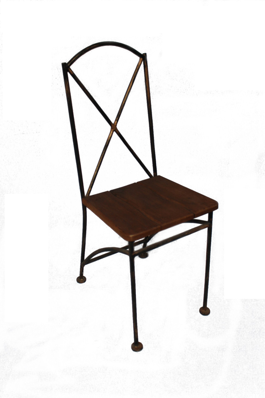 Кованый стул сиденье из натурального дерева