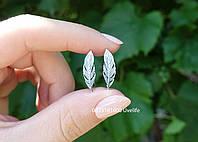 Серебряные серьги Перышки