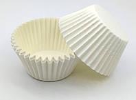 Тарталетки (капсулы) бумажные для кексов, капкейков белые 40*28 мм