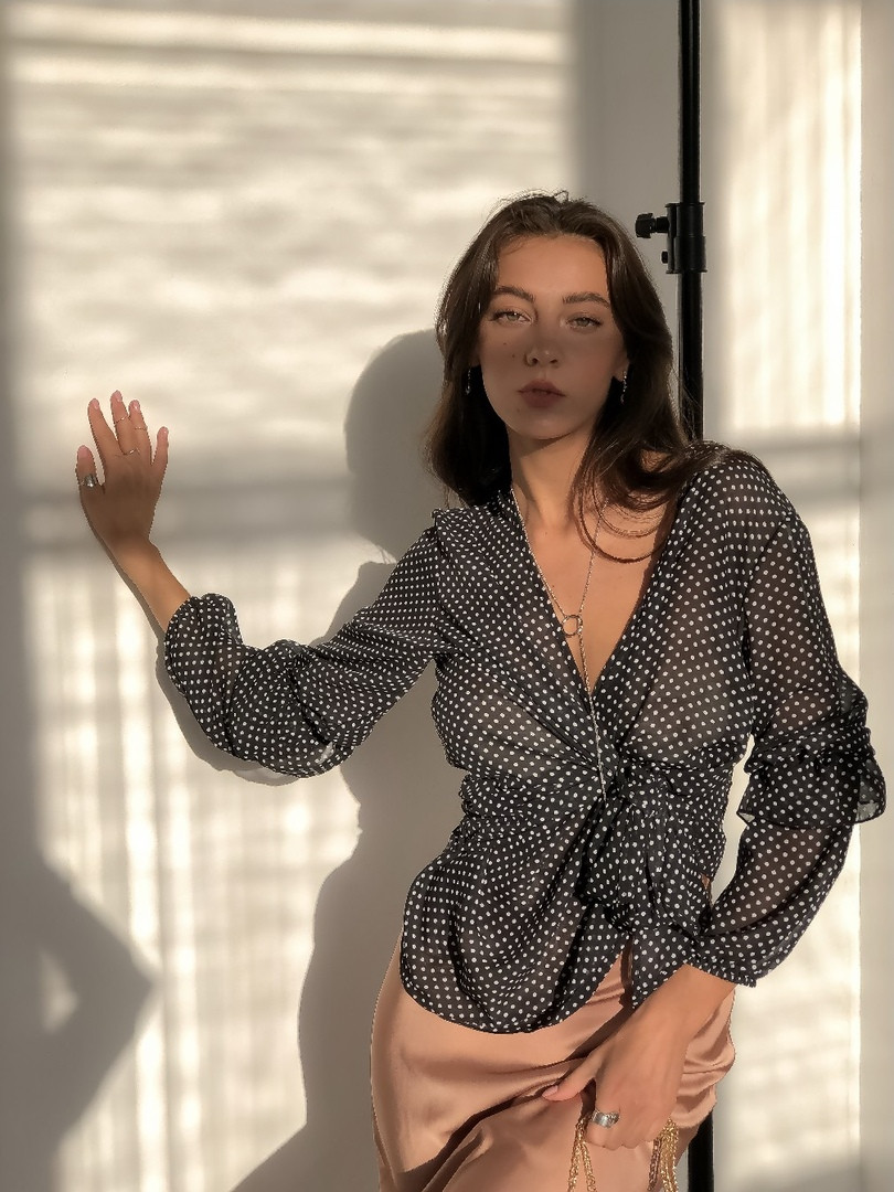 Женская стильная блузка  МВ602