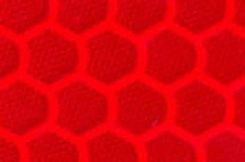 Высокоинтенсивная светоотражающая красная пленка (соты) - ORALITE 5800 High Intensity Grade Red 1.235 м