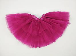 Темно-розовая многослойная юбка из фатина на девочку 3-9 лет