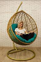 Подвесное кресло в золотом цвете