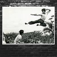 "Постер ""Брюс Ли. Удар в прыжке"". Кадр из фильма ""Выход Дракона"", Bruce Lee. Размер 60x43см (A2). Глянцевая бумага"