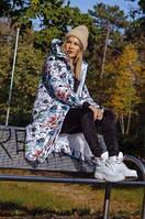 Женское длинное зимнее тёплое пальто пуховик с капюшоном белое с цветным принтом 42 44 46 48, фото 1