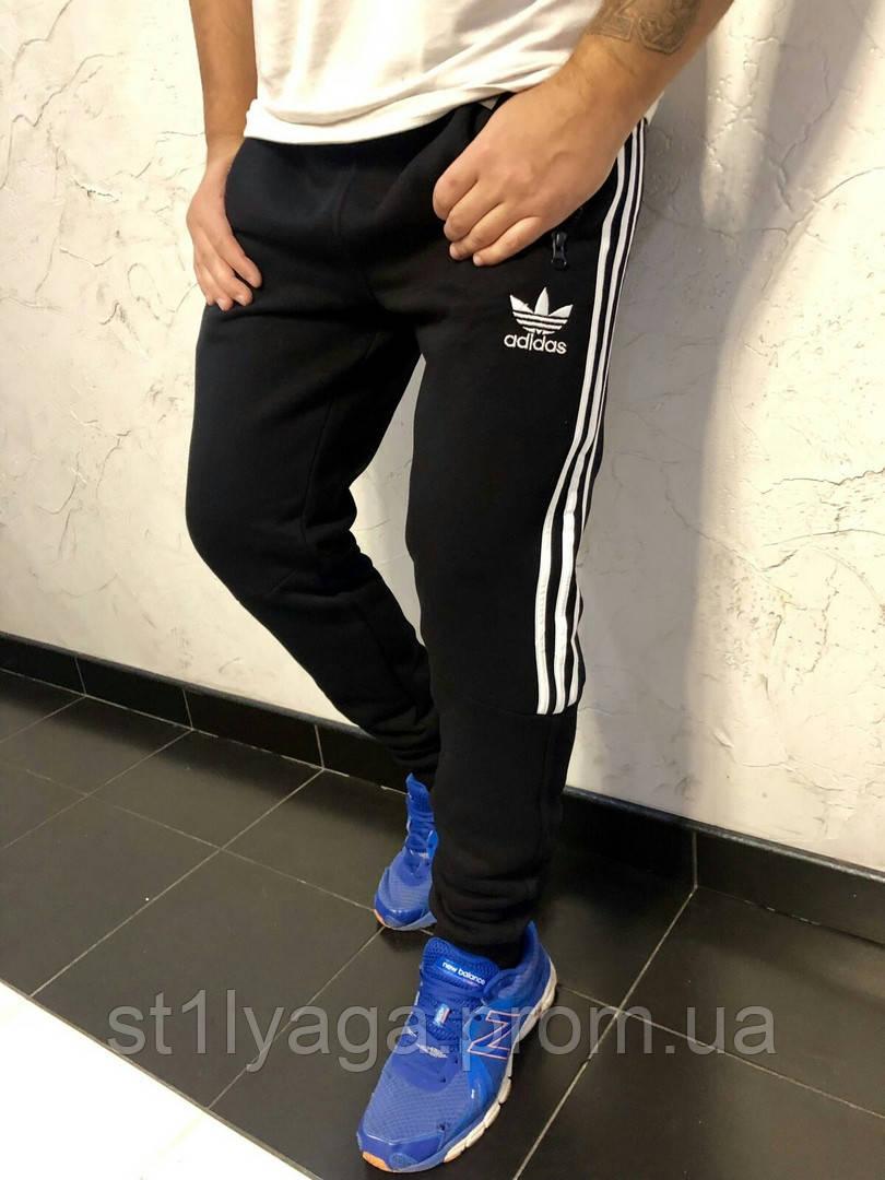 Спортивні штани Adidas на флісі з манжетом чорний