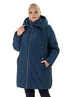 Тёплая зимняя женская куртка свободного кроя со змейками по бокам батал с 56 по 70 размер