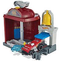 Набор Hot Wheels Пожарная станция Hot Wheels City Downtown Fire Station Spinout Play Set Mattel FMY96