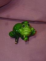 Декоративная статуэтка фигура Лягушка зеленая 7 сантиметров длина