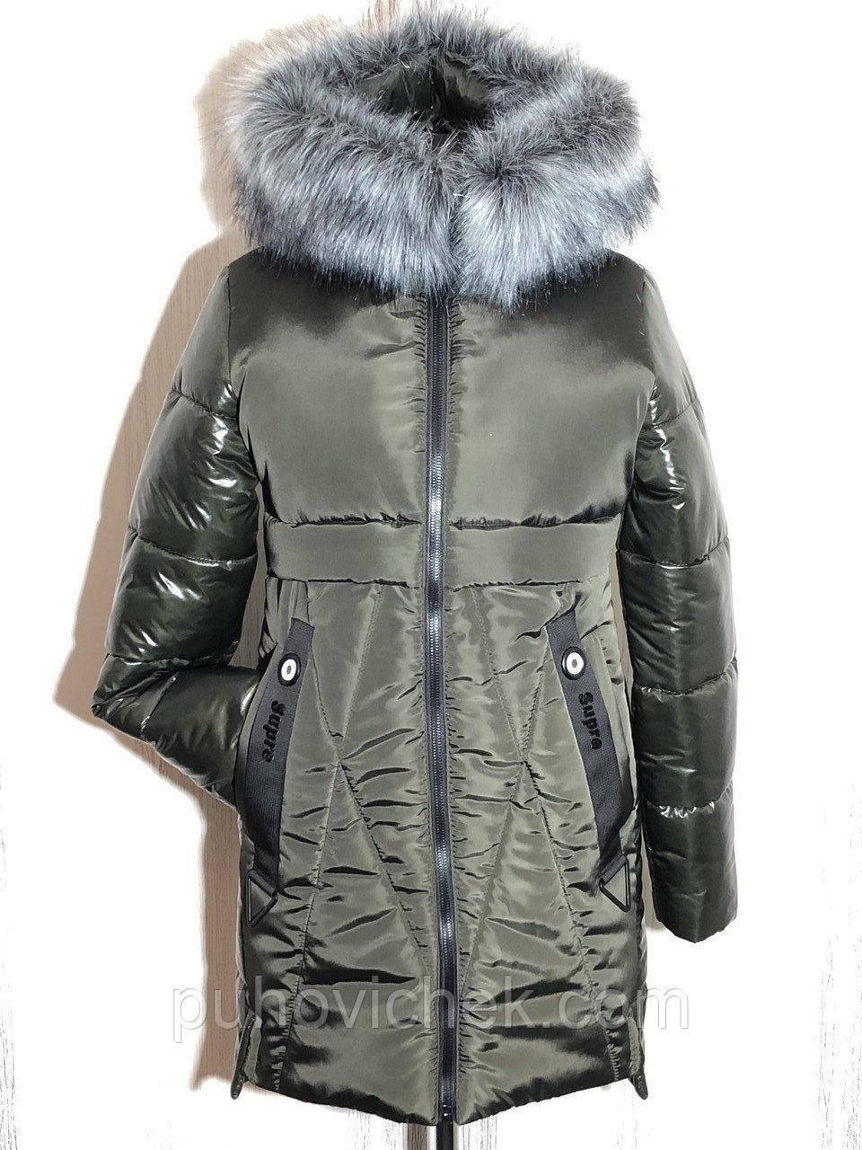 Молодіжні жіночі зимові куртки з хутром на капюшоні