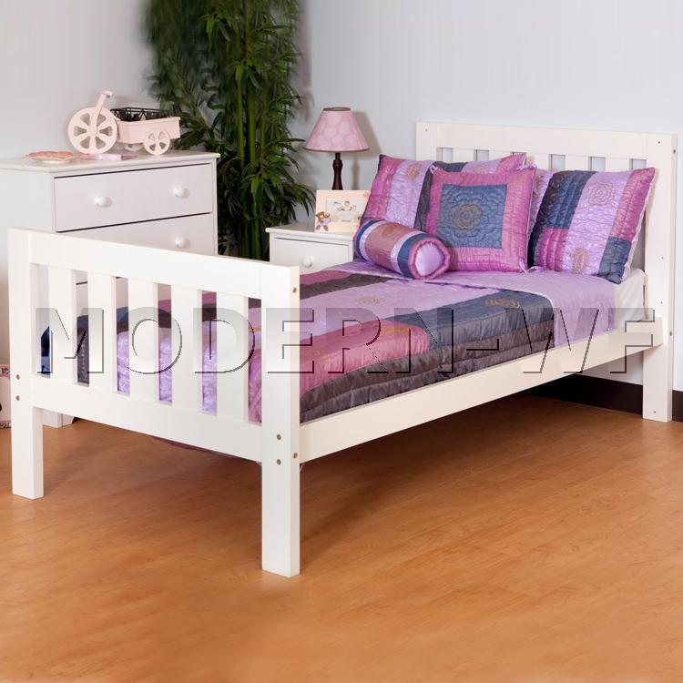 """Підліткове ліжко """"Сімпл"""" з масиву натурального дерева"""