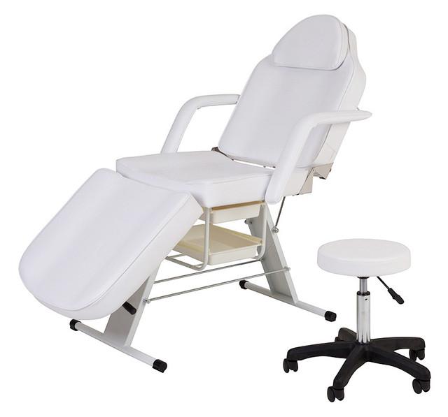 Косметологические кушетки и кресла