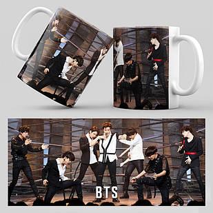 Чашка 330 мл. белая K-Pop BTS 003