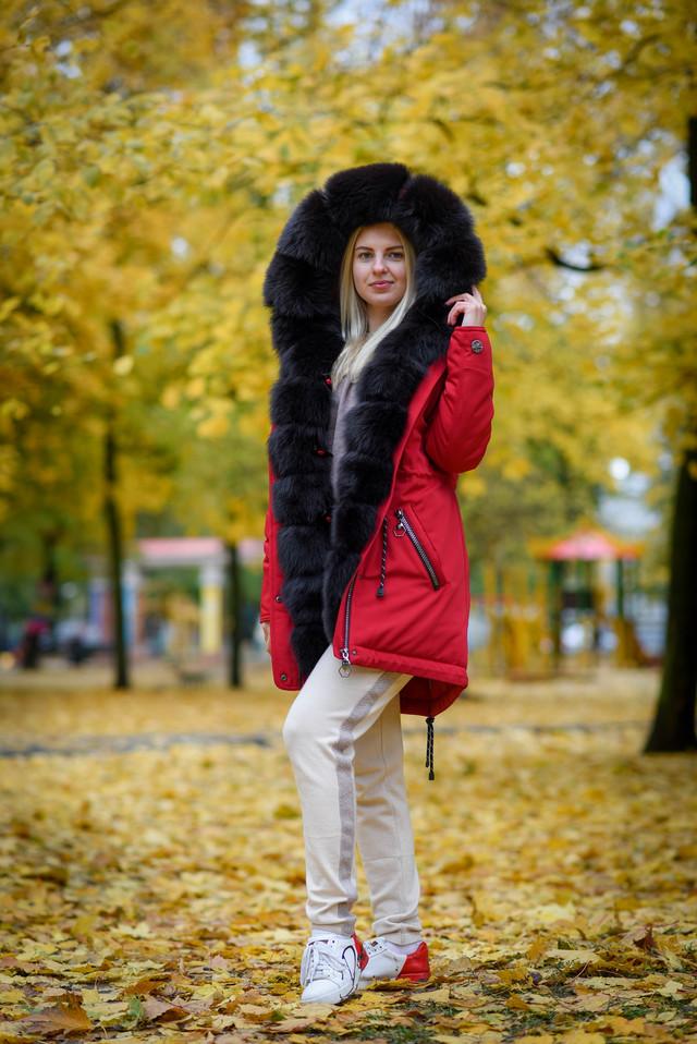 Женская зимняя парка с капюшоном от украинского производителя ФОТО