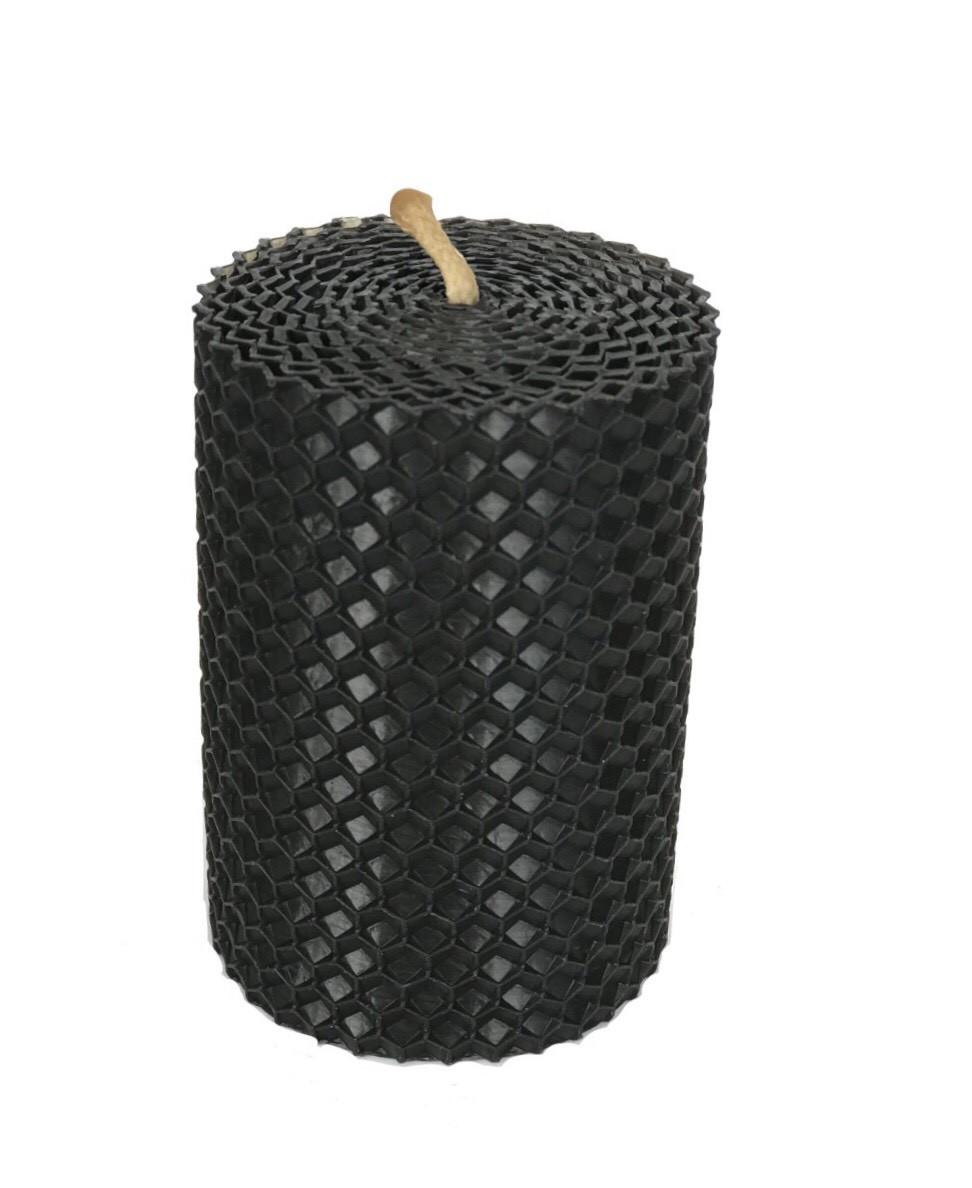 Чорна свічка з вощини 8,5 * 6 см