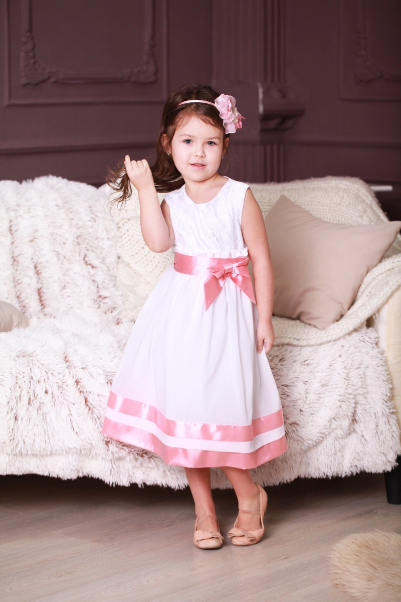 Нарядное детское белое платье