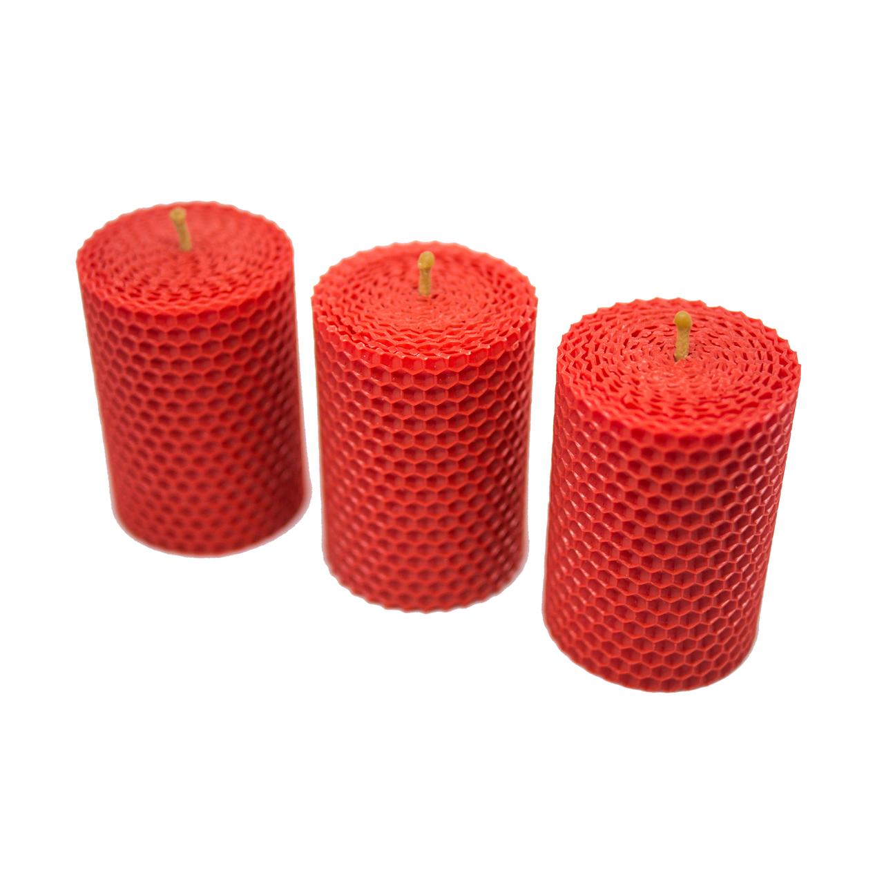 Червона свічка з вощини 8,5*6 см