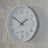 Часы в домашнем интерьере
