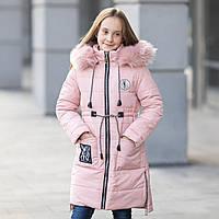"""Зимняя курточка для девочки украшена мехом на капюшоне и молниями по бокам""""Оливи"""", фото 1"""