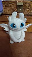 Валяная игрушка Дракон Белаая Фурия из шерсти Беззубик милый подарок Как приручить дракона-2