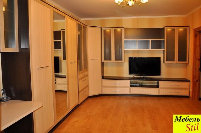 стенка в спальню или гостинную с шкаф кроватью фасады с зеркалами