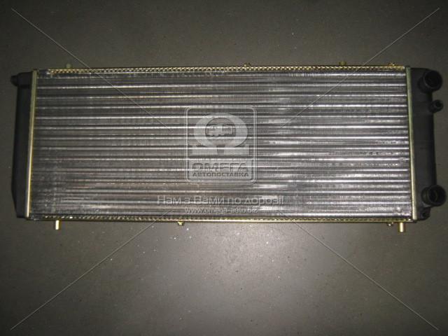 Радіатор охолодження двигуна AUDI 100 1.8 MT/AT 79-90 (Van Wezel). 03002051