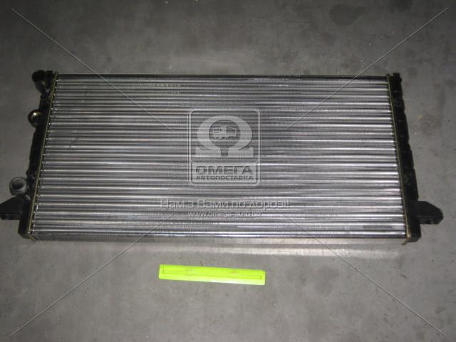 Радиатор охлаждения VW PASSAT B4 (3A, 35I) (93-) 1.6-2.8i (пр-во Nissens). 65256