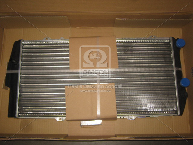 Радиатор охлаждения AUDI 100 (C3) (82-) (пр-во Nissens). 604781