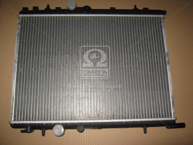 Радиатор охлаждения CITROEN, PEUGEOT (пр-во Nissens). 63502A