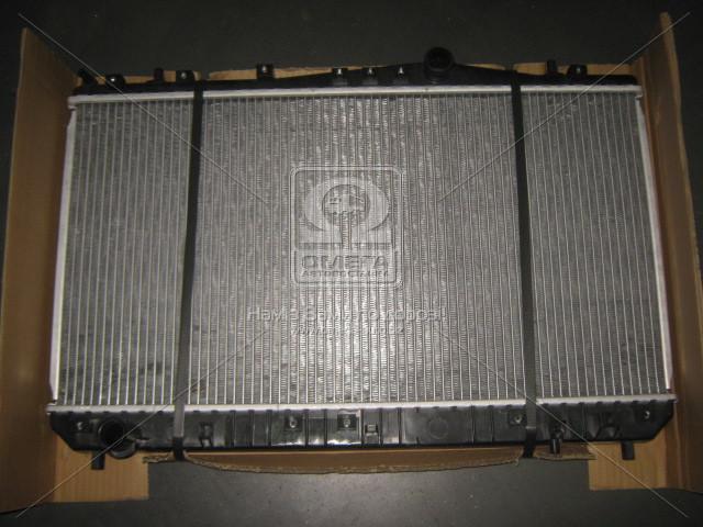 Радиатор охлаждения двигателя REZZO/TACUMA MT 00-04 (Van Wezel). 81002052