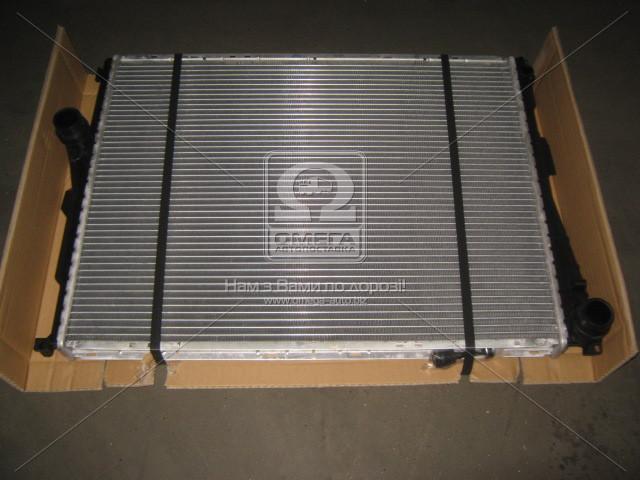 Радиатор охлаждения двигателя 3SERIES E46 ALL MT 98-05 (Van Wezel). 06002278