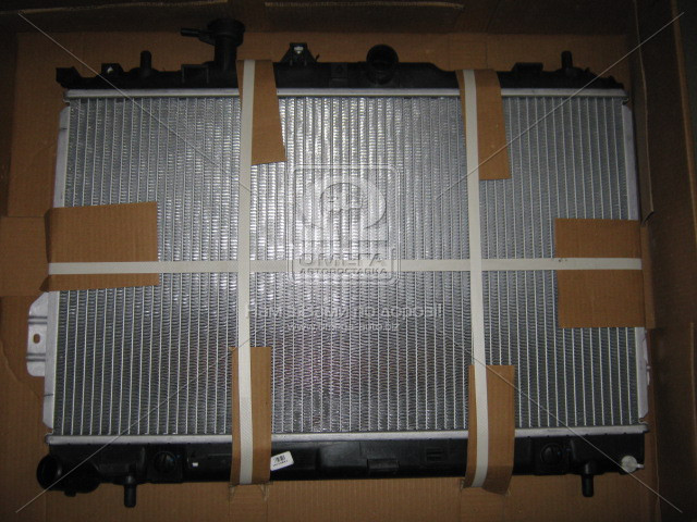 Радиатор охлаждения HYUNDAI MATRIX (FC) (01-) 1.6 i (пр-во Van Wezel). 82002097