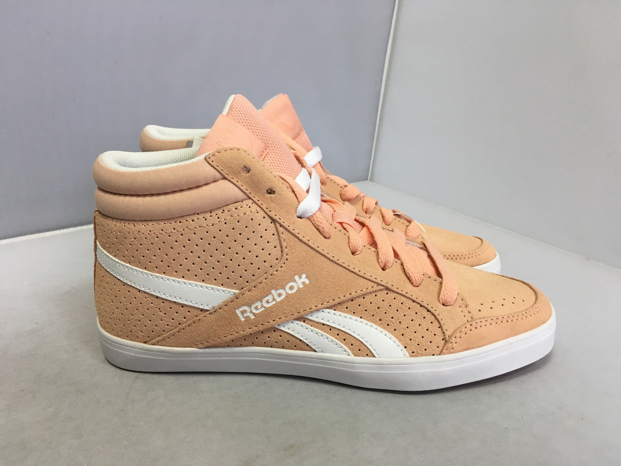 Женские ботинки Reebok, 37,5 размер