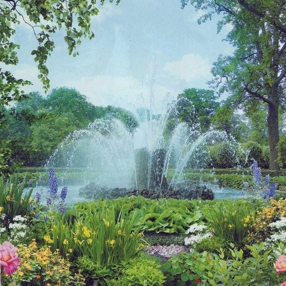Фотообои, фонтан, цветы,  Диамантовые брызги, 15 листов, размер 242х201 см