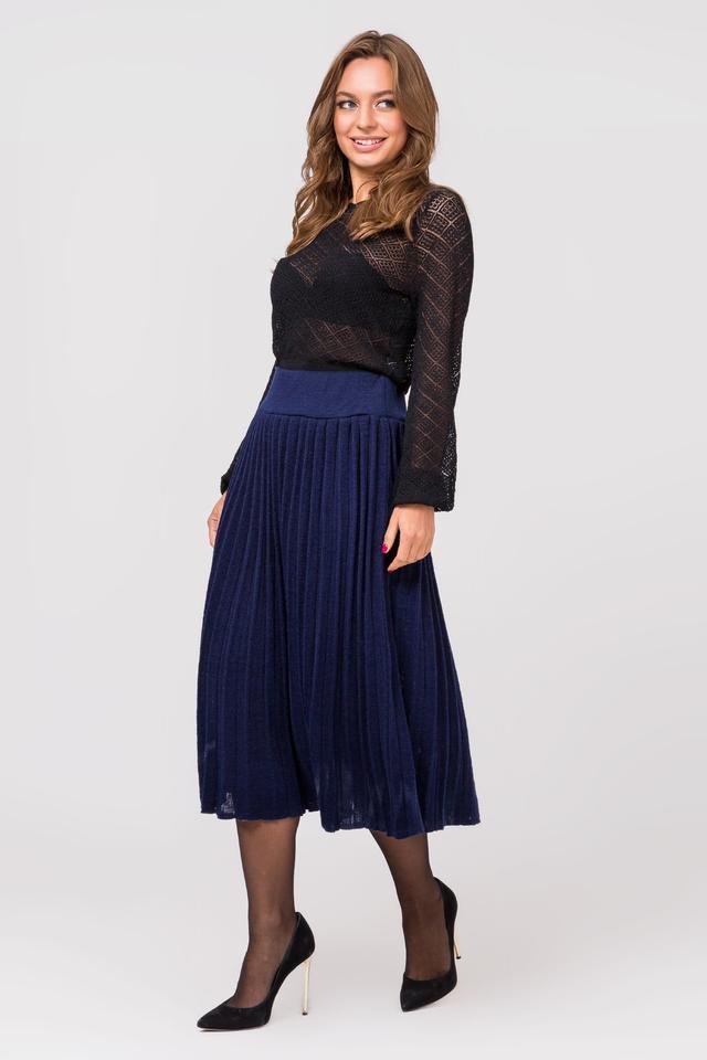 Вязаная юбка плиссе миди (синий)