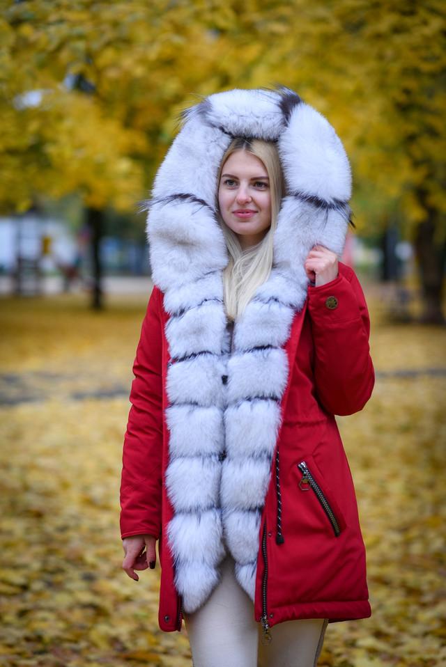 Женская парка с капюшоном от украинского производителя